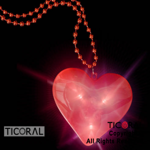 COLLAR GIGANTE CORAZON ROJO LUMINOSO x 10